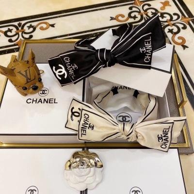 Chanel(香奈儿)最新春夏小香爆款名媛发箍 谁戴谁好看 可盐可甜 时尚百搭gdwj090409
