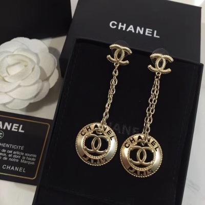 Chanel香奈儿新款小香耳钉 热销款个性又精致耳坠