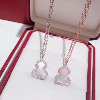 QEELIN麒麟珠宝经典款18K玫瑰金镶嵌钻石白贝母葫芦雾露项链