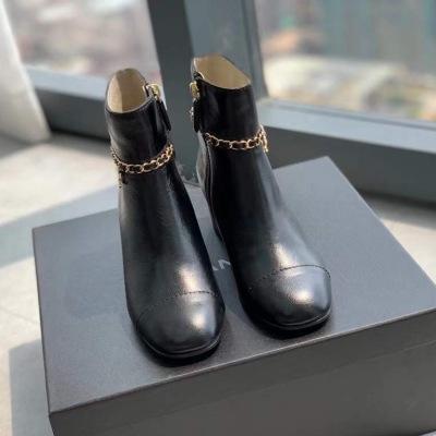 Chanel\香奈儿最新链条短靴摔纹牛皮面 五金小香标 拉链女士靴子