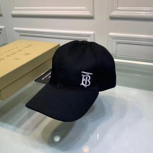Burberry/巴宝莉 新款 经典男士TB小字母刺绣鸭舌帽 棒球帽ydmz081304