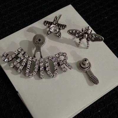 Dior迪奥银色水晶字母Logo蜜蜂造型耳钉