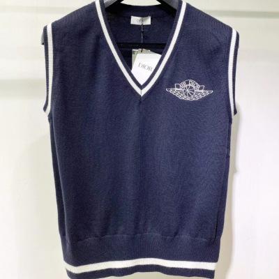 dior 迪奥2020世纪联名系列 胸口联名logo刺绣羊毛针织背心 男女均可驾驭坎肩-8