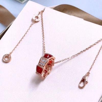 Bvlgar宝格丽玫瑰金链条和玫瑰金吊坠镶嵌红玉髓半密镶钻项链