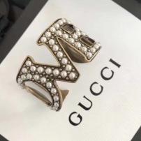 Gucci  古驰 个性 十足 Love珍珠手镯尺寸可以微微调节