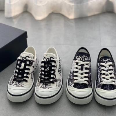 Chanel\香奈儿新款女士厚底帆布鞋 茶花图案特殊logo 刺绣休闲板鞋