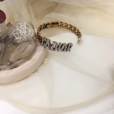Dior迪奥经典字母镶钻手镯复古经典色