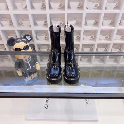 Fendi\芬迪2020秋冬新款马丁靴大底边全部芬迪logo后跟拉链女靴