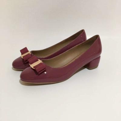 Ferragamo\菲拉格慕女鞋中跟蝴蝶结漆皮单鞋平底芭蕾舞鞋