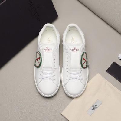 Valentino\华伦天奴2020男士休闲鞋 华伦天奴贴饰小白鞋 板鞋