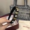 菲拉格慕(Ferragamo) 高品质优雅发箍 风格华贵典雅,经典logo 呈现满满高级感mzyj081905