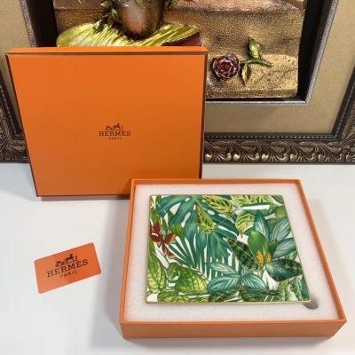 Hermes* 新款置物盘 Passifolia 热带雨林系列 超美腻 尺寸:21x17queen090501cm