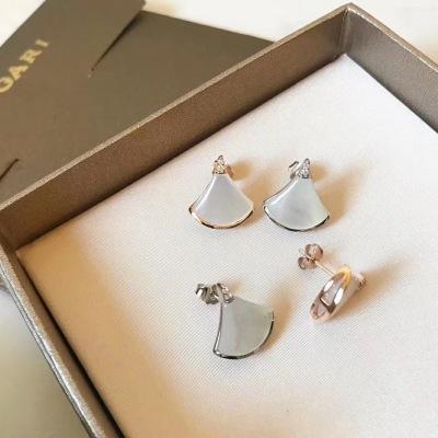 BVLGARI宝格丽珍珠母贝和密镶钻石玫瑰金耳钉耳环