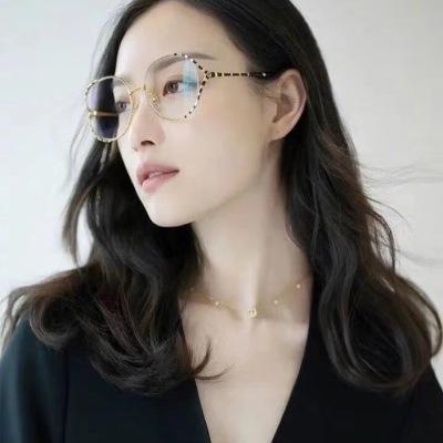 古驰Gucci 全新2020复古时尚款光学镜 倪妮同款彩色条纹 与阔大的前框形成巧妙对比 经典元素zpyj081904